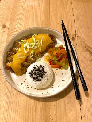 Katsu Curry with Rainbow Salad – Family Food Cook-Along
